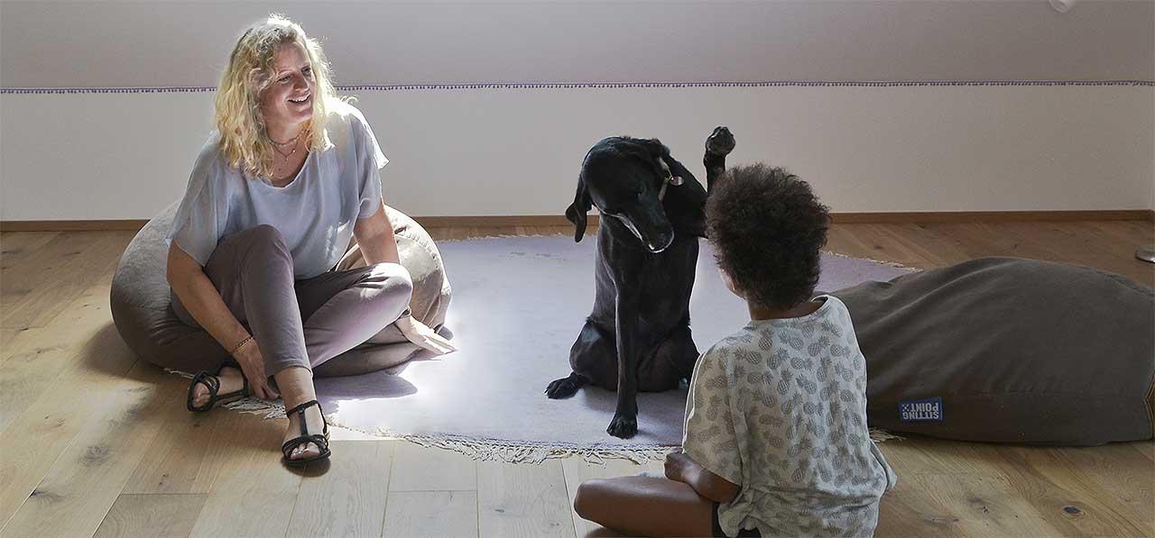 Therapie ist ein wichtiges Element bei der Betreuung von traumatisierten Kindern und Jugendlichen